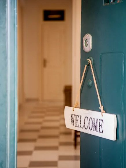 entrada de casa con bienvenido